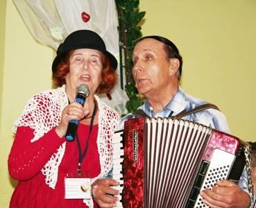 «Саратовнефтегаз» организовал праздник для пожилых людей Саратовской области
