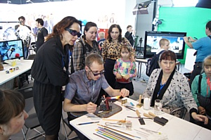 Ольга Голодец и Андрей Белоусов посетили экспозицию фестиваля «От винта» на WorldSkills Hi–Tech 2016