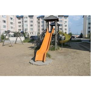 Активисты ОНФ на Ямале проверили состояние детских игровых площадок