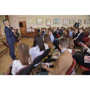 Активисты ОНФ провели в школах Карелии уроки «Россия, устремленная в будущее»