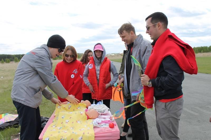 Челябинская команда «Молодежки ОНФ» провела акцию, посвященную Дню защиты детей