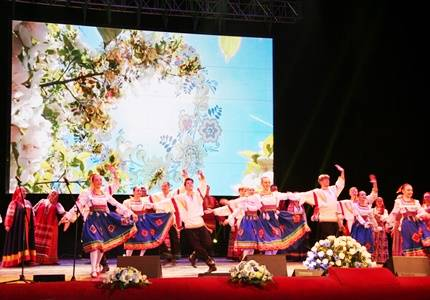 «Саратовнефтегаз» поддержал областной Парад достижений народного творчества