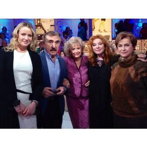 Ольга Сидорова поздравила Клару Новикову с днём рождения на Первом канале