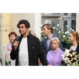 Активисты Народного фронта провели акцию «Урок России» в учебных заведениях Санкт-Петербурга