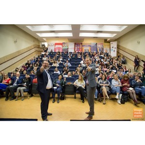 Пару сотен пресс-служб прокачают в Москве за два дня