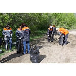 «Липецкцемент» провел экологическую акцию «Нам здесь жить и работать»