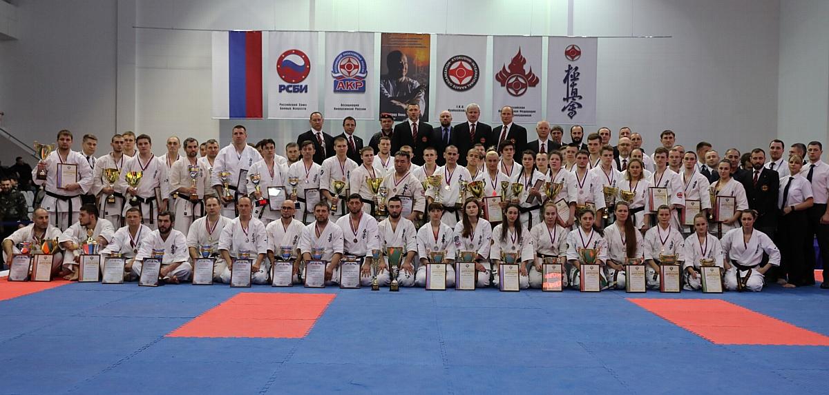 Спортсменка Дзержинского филиала РАНХиГС завоевала «серебро» кубка России по киокушинкай