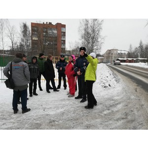 Активисты Народного фронта провели рейд по проблемным дорогам Петрозаводска
