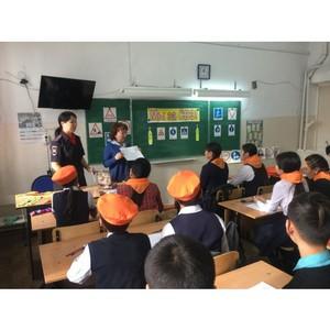 Активисты Народного фронта в Туве провели мероприятия по повышению безопасности движения школьников