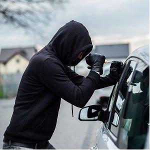 В Зеленограде задержан подозреваемый в угоне автомобиля и краже автомаглитолы