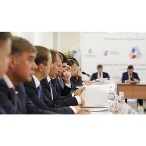 Евгений Куйвашев рассказал в вузе о перспективах программы «Пятилетка развития»
