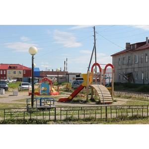 Активисты ОНФ проверили состояние детских игровых и спортивных площадок в Нарьян-Маре