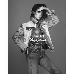 Dua Lipa лицо весенней коллекции Pepe Jeans London