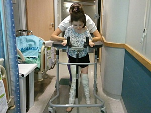Imedical: После 6 лет в инвалидной коляске, Надежда делает свои первые шаги