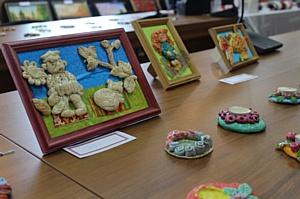Хабаровские электрические сети провели благотворительную выставку продажу