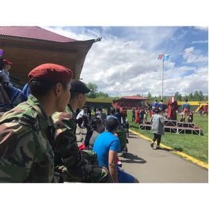 Смех и радость у детей росгвардейцев Тувы в первый день лета