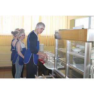 Народный фронт запустил опрос о питании в школах