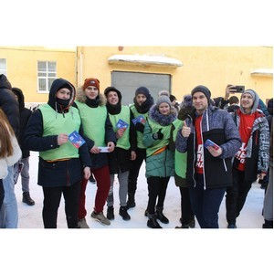 Команда «Молодежки ОНФ» организовала акцию для воронежских студентов