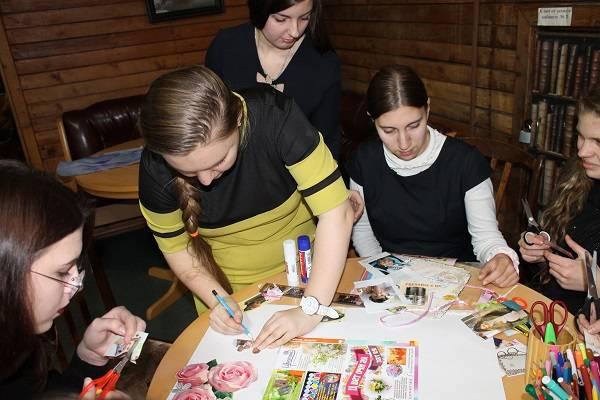 Активисты ОНФ на Камчатке поговорили со школьниками о ценности материнства