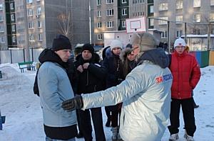 Активисты ОНФ повторно проверили состояние дворовых катков в Тракторозаводском районе Челябинска