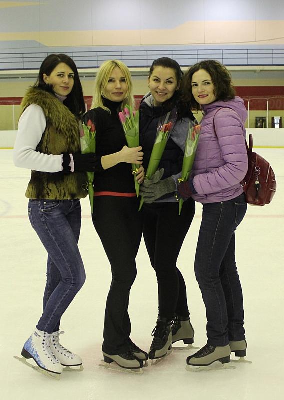 На Стойленском ГОКе поздравляют женщин с весенним праздником