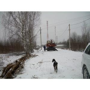 Активисты ОНФ проверили дорогу в п. Шекшема, ремонт которой планировалось завершить в октябре