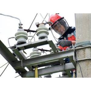 Марийские энергетики отремонтировали в минувшем году более 1500 км воздушных линий электропередачи