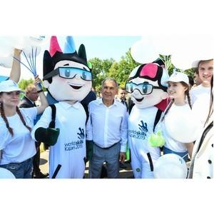 Президент Татарстана Рустам Минниханов поприветствовал талисманов WorldSkills Kazan 2019