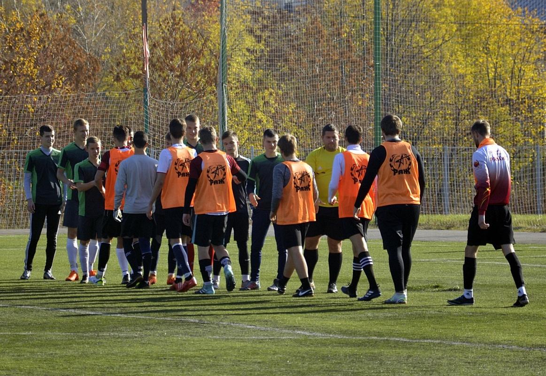 Студенты Дзержинского филиала РАНХиГС приняли участие в осеннем турнире по мини-футболу