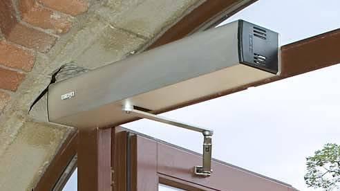 Ремонт и установка дверных доводчиков
