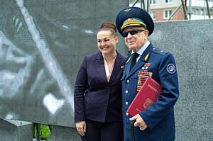 В «Изумрудных холмах» поздравили Алексея Леонова с днем рождения и запустили корабль «Союз»