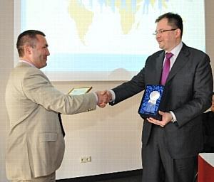 Объем переводов по системе Contact в Чехии вырос более чем в полтора раза