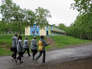 Активисты ОНФ проверили организацию отдыха детей в загородных лагерях Камчатки