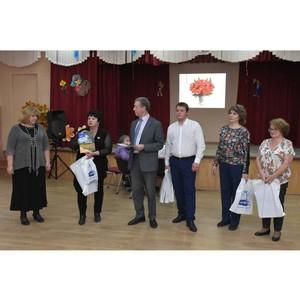 Делегация ЗиКа поздравила учителей школы №138