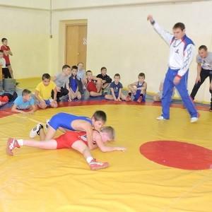 БФ «Сафмар» Михаила Гуцериева оказал помощь Каракулинской ДЮСШ в приобретении спортивного инвентаря