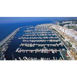 Продается Апарт-отель на 1 линии море в пригороде Барселоны.