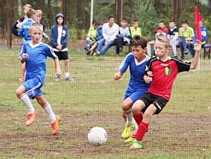 «РуссНефть» поддержала проведение XVI турнира по дворовому футболу в Саратовской области