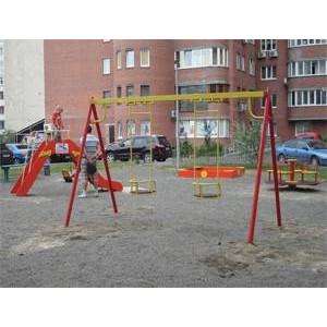 Самый дружный дом Киева получил детскую площадку  от компании «Небесна Криниця»