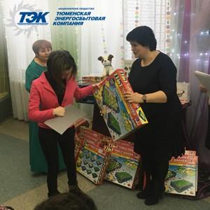В преддверии Дня инвалида сотрудники АО «ТЭК» оказали помощь людям с ограниченными возможностями