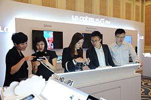 LG Optimus G Pro прибывает в Азию