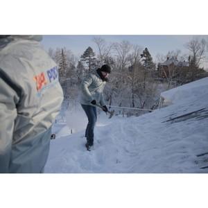 Активисты ОНФ организуют работу бойцов студенческих отрядов по уборке снега в селах Алтайского края