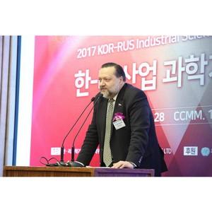 П.С. Дорохин: «В России необходимо уменьшить продолжительность рабочей недели»