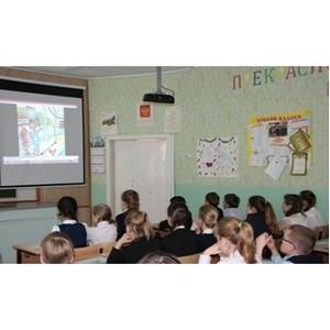 Сотрудники Рязаньэнерго напомнили правила электробезопасности воспитанникам летних лагерей