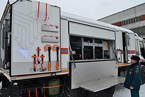 Тяжелый класс — надежный класс: Аварийно-спасательные машины тяжелого класса на службе МЧС России