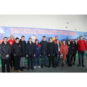 Волгоградские активисты ОНФ провели «урок мужества» для старшеклассников