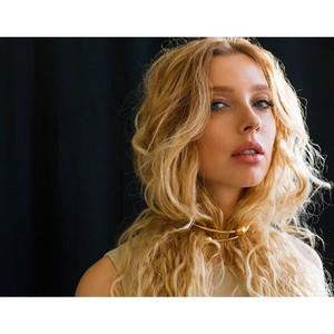 Осенняя премьера от Степанковской — трек «Это так просто...»