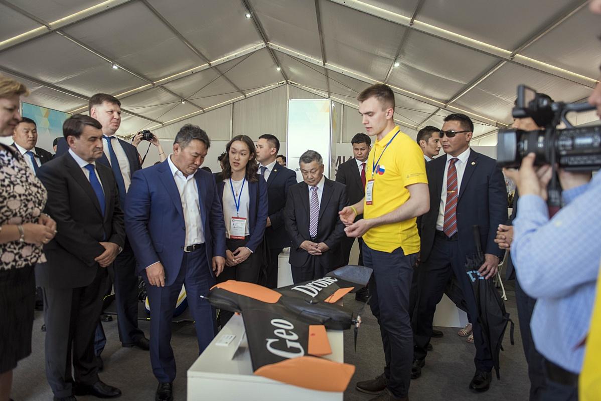 «Российско-Монгольская инициатива - 2018»: экспозиция «От винта!» вызвала ажиотаж в Улан-Баторе
