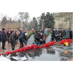 Волгоградские активисты ОНФ приняли участие в праздновании 75-летия победы в Сталинградской битве