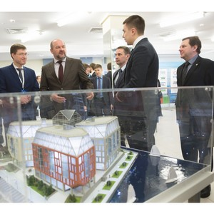 Губернатор Игорь Орлов дал высокую оценку общественно-деловому центру DELTA