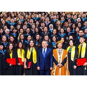 В Назарбаев Университете состоялась первая церемония выпуска студентов